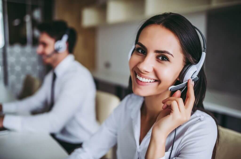 How A Spanish Answering Service Can Help Your Business